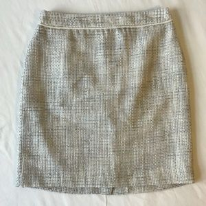 Banana Republic Cream Tweed skirt 0p